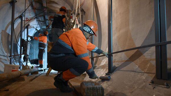 Строительно-монтажные работы в тоннеле кабельного коллектора