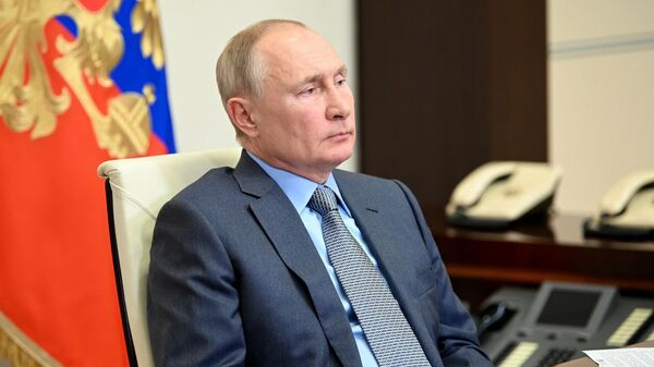 Президент РФ В. Путин встретился с врио главы Дагестана С. Меликовым