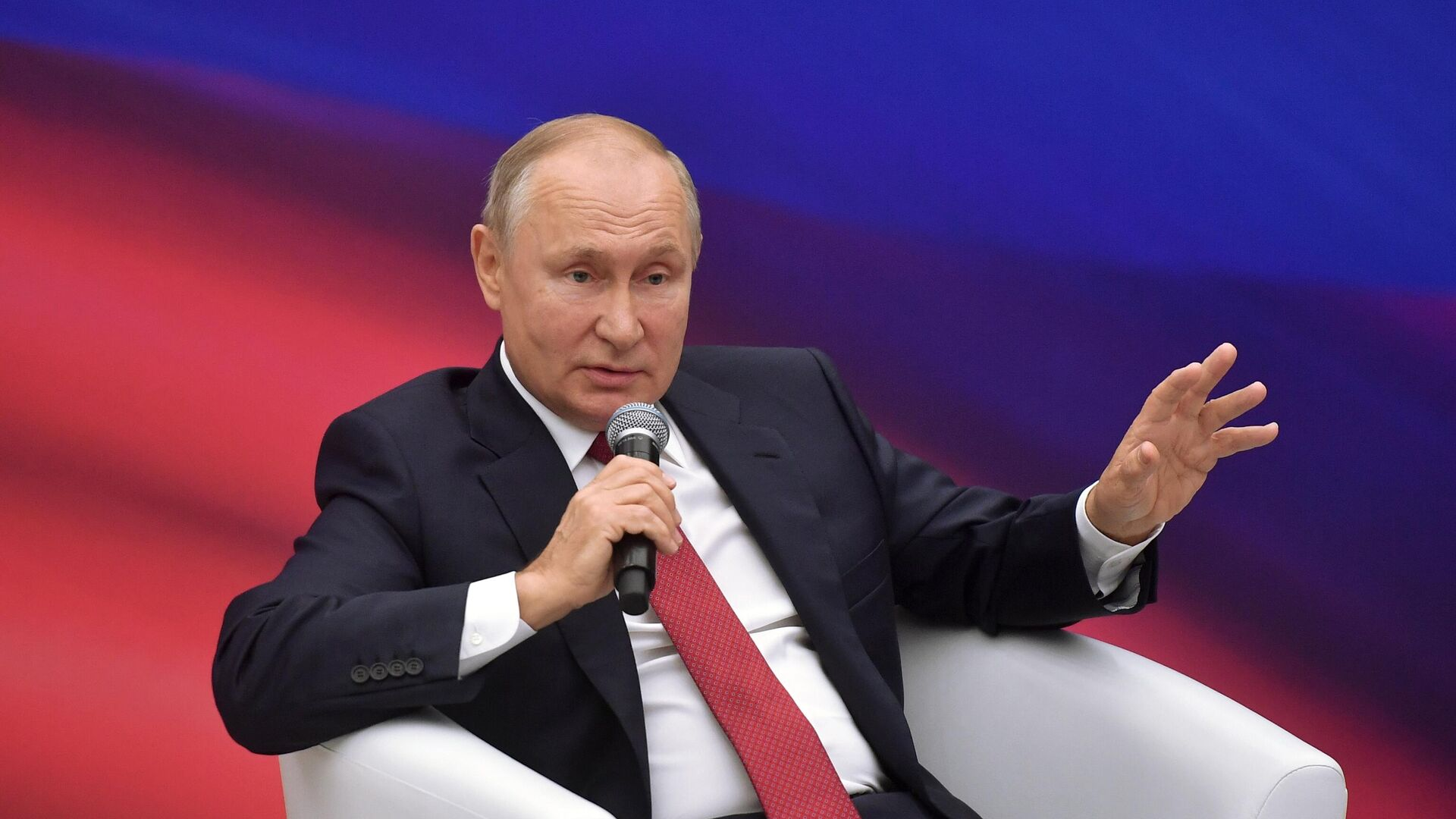 Путин пошутил о будущем представителей ЕР в случае проигрыша на выборах
