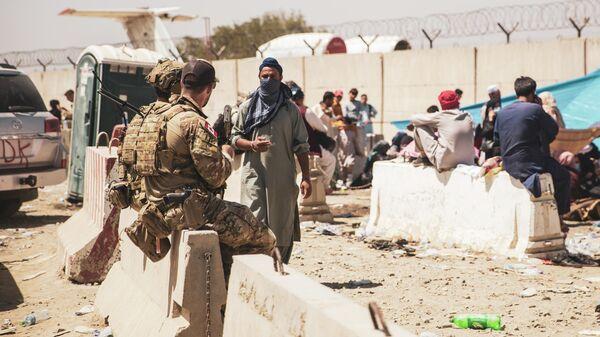 Канадские военные в аэропорту Кабула