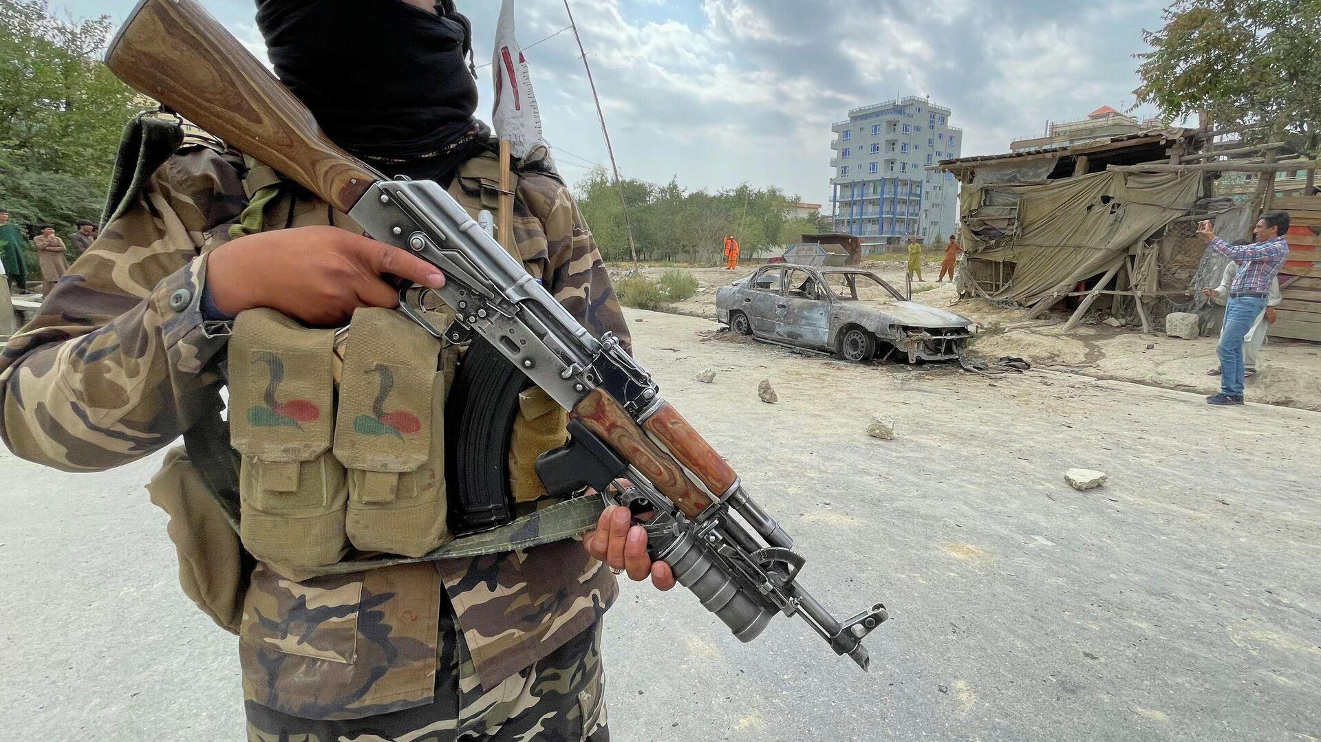 """Аэропорт Кабула перешел под полный контроль """"Талибана""""*, заявили СМИ"""