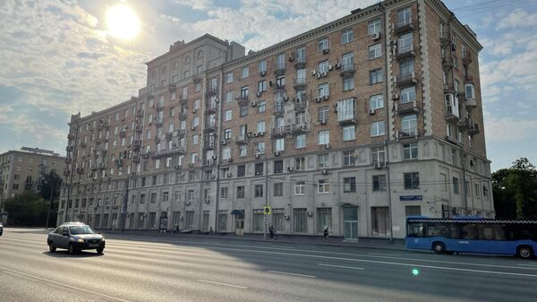 Дом 16 на Ленинском проспекте в Москве