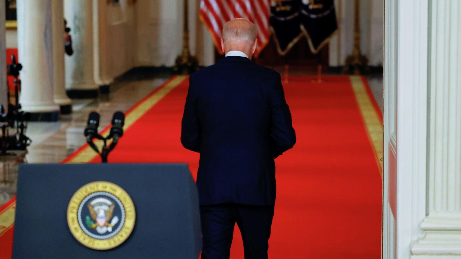 Президент США Джо Байден во время выступления в Белом доме1