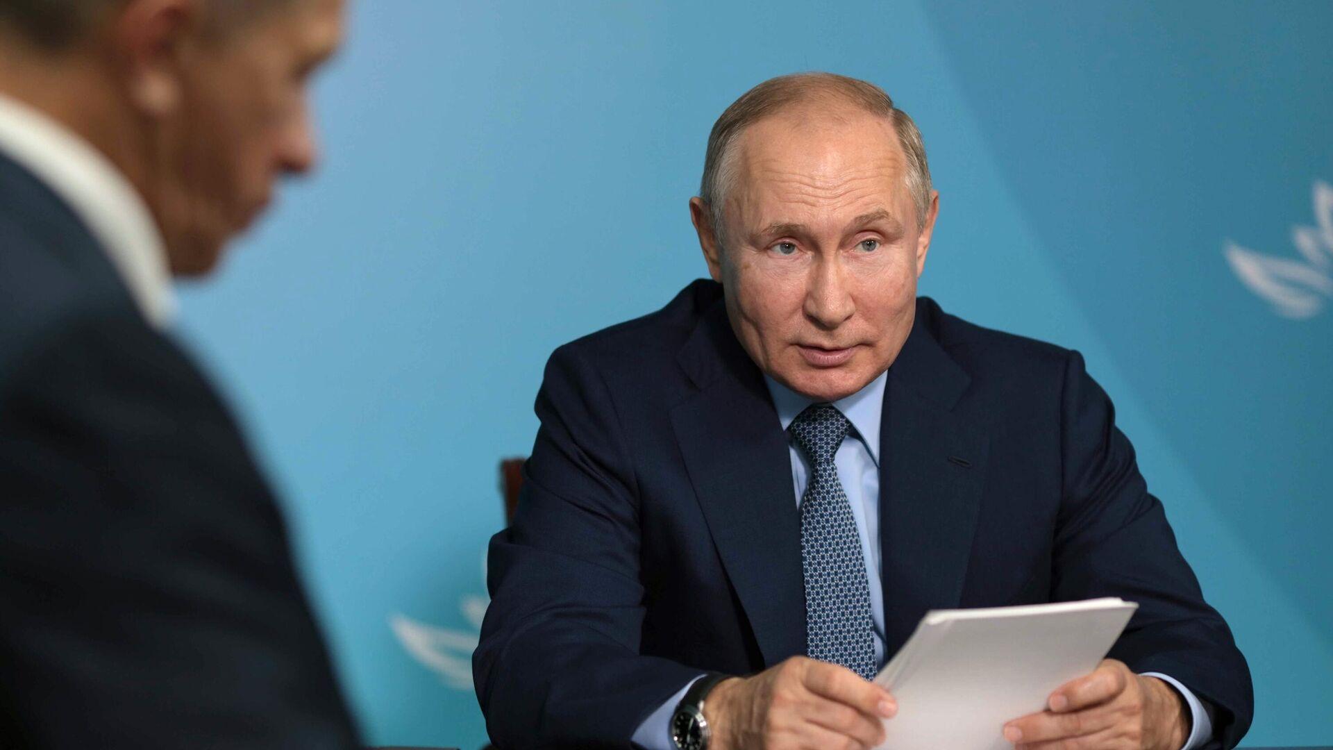 Силуанов заявил, что для Дальнего Востока выделяется достаточно средств