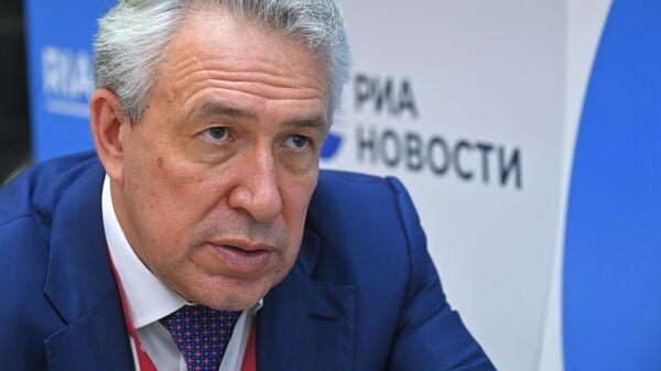 Генеральный директор, председатель правления компании Росгеология Сергей Горьков во время интервью МИА Россия сегодня на VI Восточном экономическом форуме