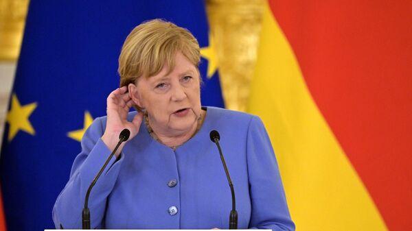 А напоследок я скажу… Ангела Меркель вызвала в Бундестаге переполох
