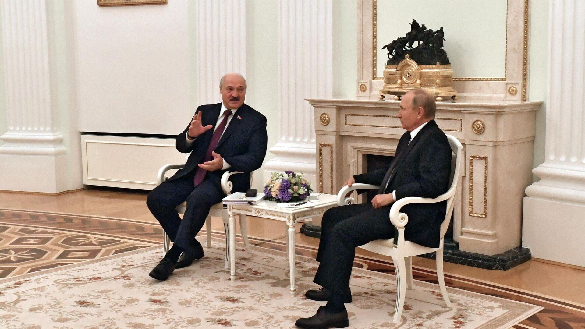 Президент Путин: для создания единой валюты нужна общая макроэкономическая политика