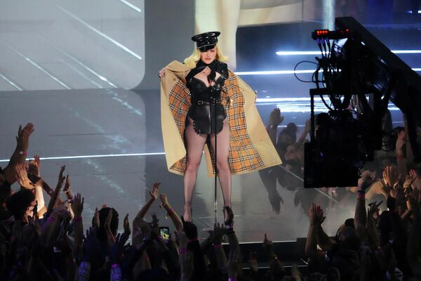 Мадонна на премии MTV Video Music Awards