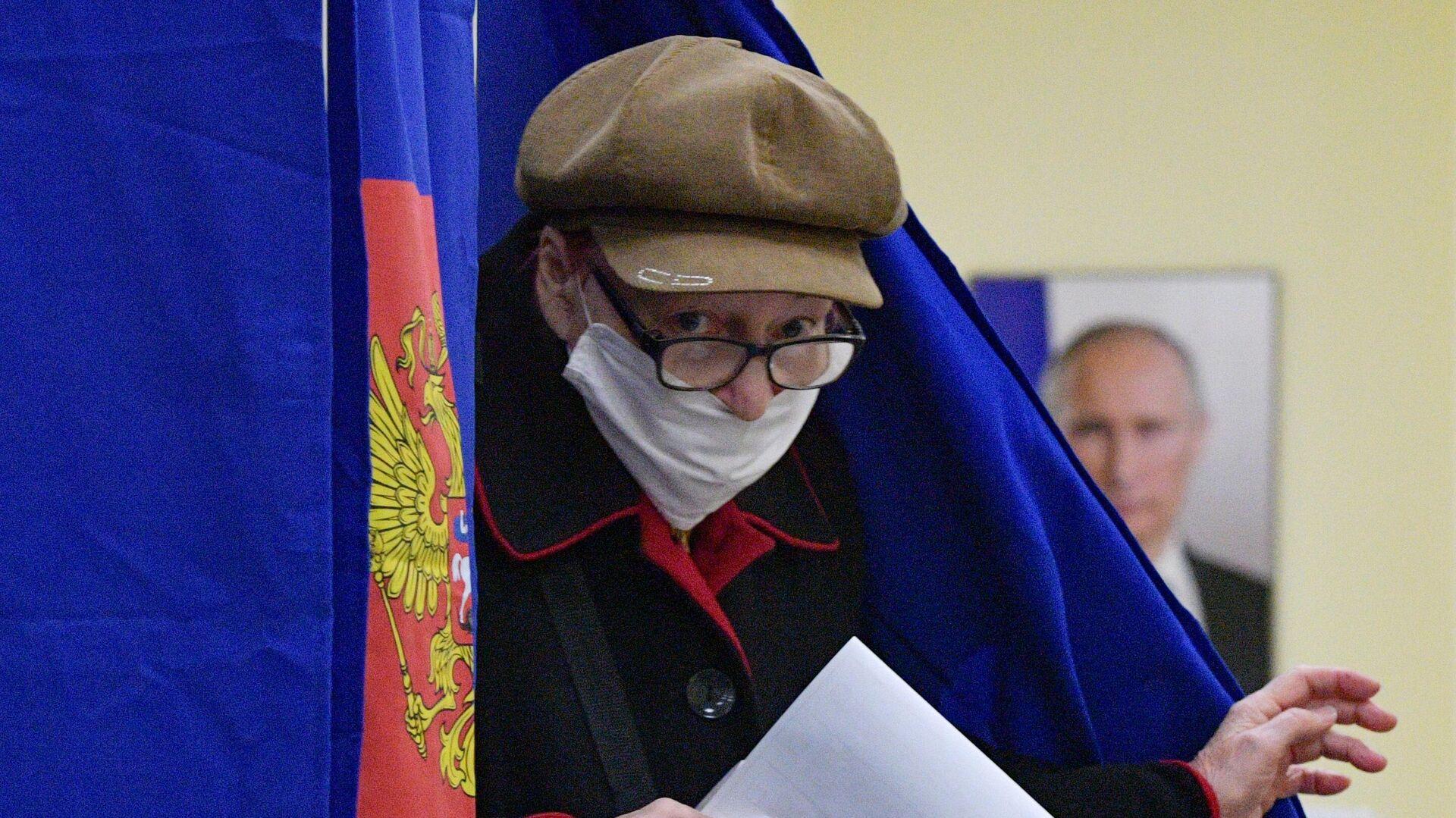 Явка в Новосибирской и Томской областях составила более 10 процентов