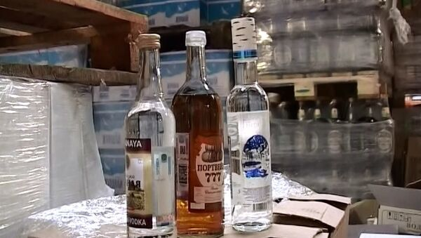 Контрафактный алкоголь, архивное фото
