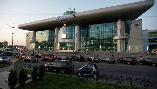 Вид на южный железнодорожный вокзал в Киеве. Архивное фото