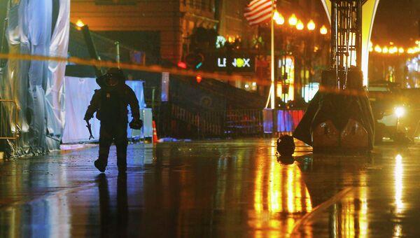 Работа полиции на месте обнаружения подозрительных рюкзаков в Бостоне