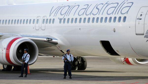 Самолет авиакомпании Virgin Australia в аэропорту Бали