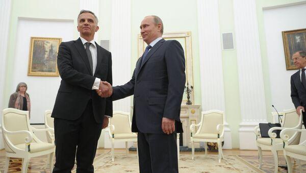 В.Путин провел встречу с действующим председателем ОБСЕ Дидье Буркхальтером. Архивное фото