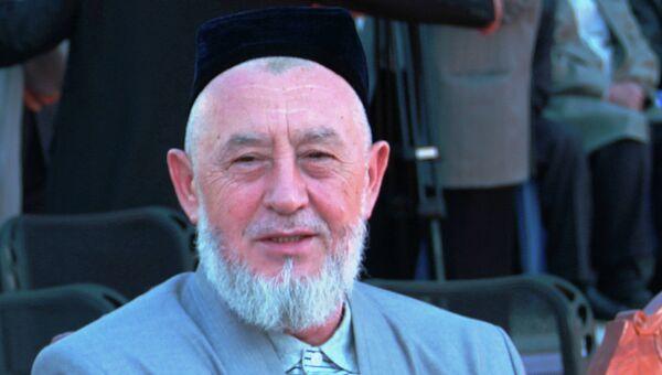 Исламский религиозный деятель Ходжи Акбар Тураджонзода