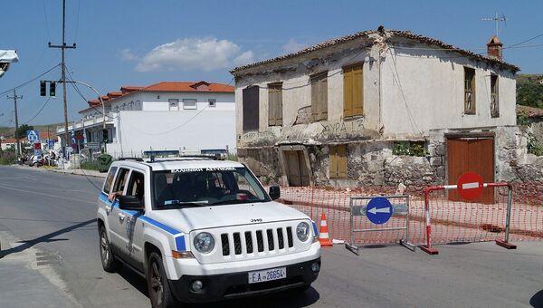 Греческая полиция патрулирует остров Лимнос после землетрясения