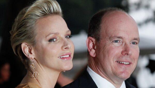 Князь Монако Альбер II и его супруга Шарлен. Архивное фото