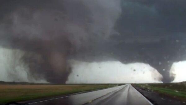 Торнадо в штате Небраска, США, 17 июня 2014