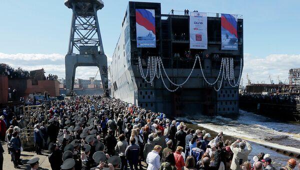 Севастополь корабль-вертолетоносец класса Мистраль. Архивное фото