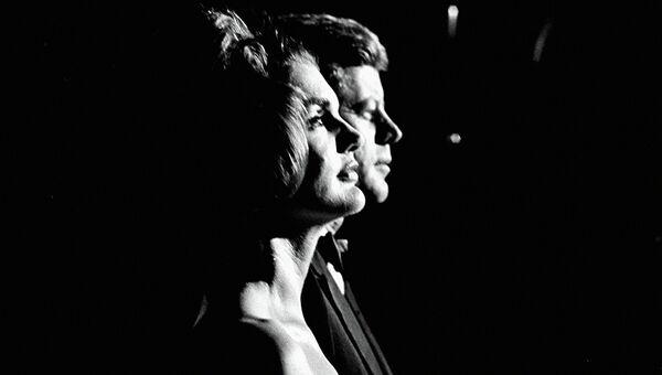 Первая леди Жаклин Кеннеди и президент Джон Ф. Кеннеди