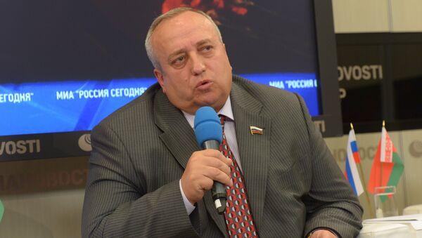 Заместитель председателя Комитета Госдумы РФ по обороне Франц Клинцевич