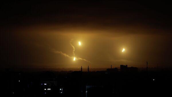 Ракеты в небе над сектором Газа. Архивное фото