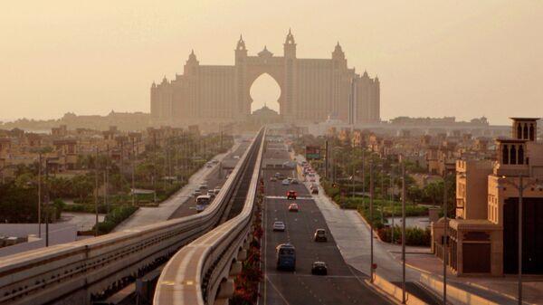 Остров Пальма Джумейра в Дубае, Объединенные Арабские Эмираты. Архивное фото