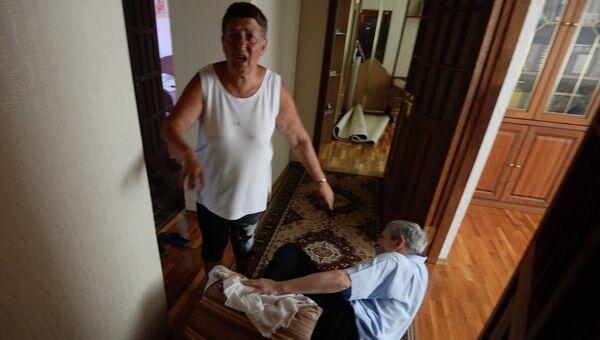 Жители Донецка, пострадавшие во время обстрела города