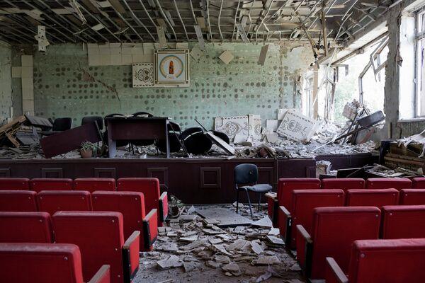 Помещение музея в Донецке, пострадавшего в результате обстрела украинскими военными