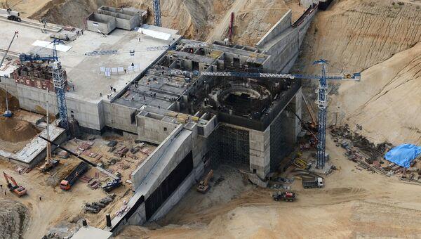 Вид с борта вертолета на строительную площадку космодрома Восточный
