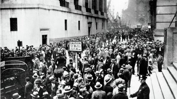 Толпа на Уолл-стрит в Нью-Йорке, США. 1929