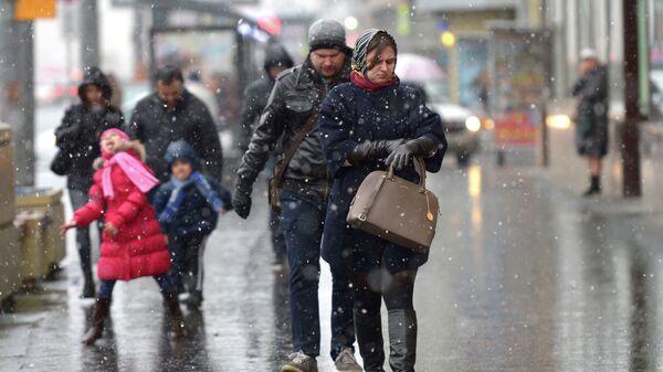 Первый снег в Москве