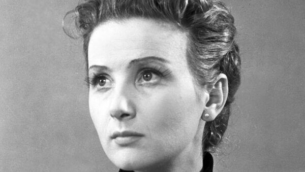Советская актриса театра и кино Раиса Максимова. Архивное фото