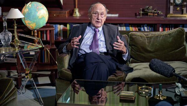 Ханс Дитрих Геншер, бывший министром иностранных дел Германии. Архивное фото