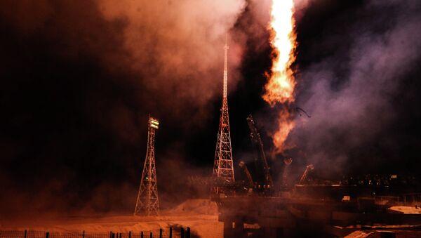 Старт ракеты-носителя Союз-ФГ с ТПК Союз ТМА-15М. Архивное фото