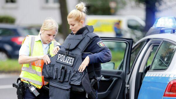 Сотрудницы германской полиции. Архивное фото