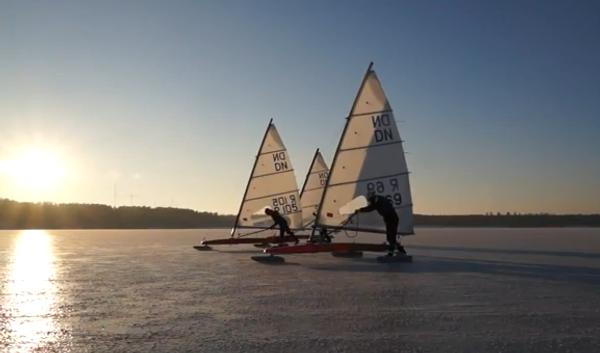 Русские ледяные лодки: национальная забава