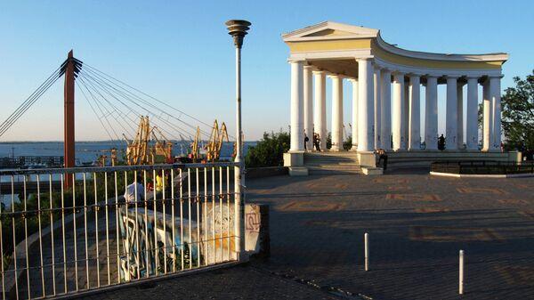 Колоннада на Приморском бульваре в Одессе. Архивное фото