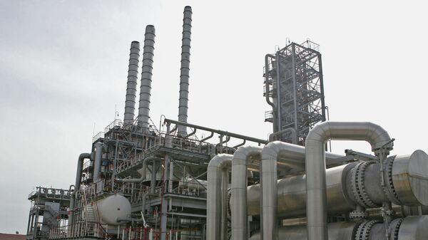 Установка первичной переработки нефти на Одесском НПЗ