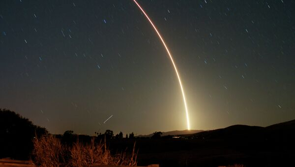 Ракета Atlas V на космодроме Ванденберг в Калифорнии