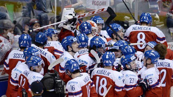 Хоккей. Молодежный ЧМ. Матч Россия - Чехия. Архивное фото
