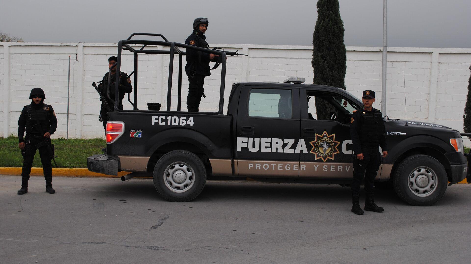 Полиция в Мексике - РИА Новости, 1920, 01.12.2019