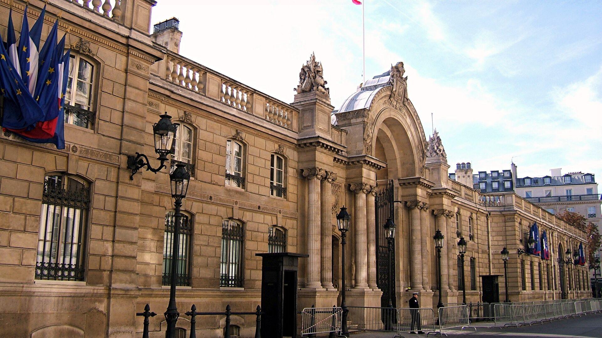 Белый дом заявил о сохранении тесного контакта с Францией
