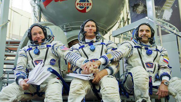 Экипаж корабля Союз ТМА-16М