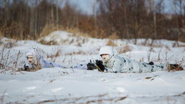 Тренировка курсантов Арктического подразделения ДВВКУ. Архивное фото