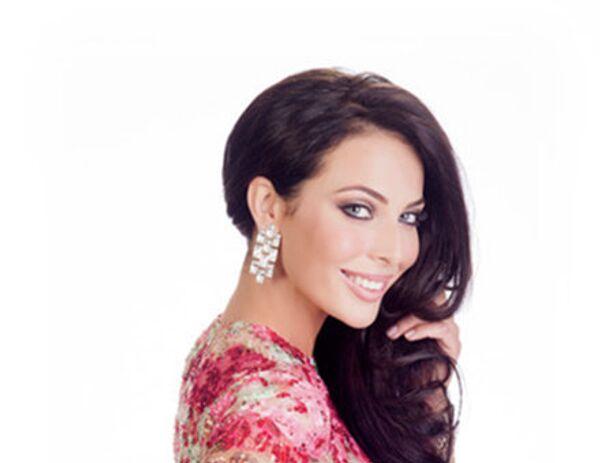 Участница конкурса Мисс Вселенная 2015 от России Юлия Алипова