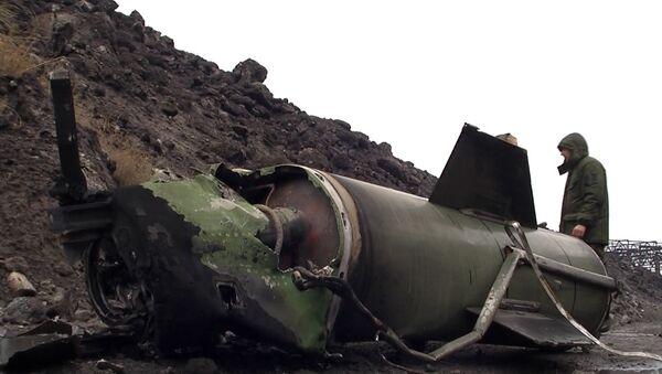 Ополченцы ЛНР показали сбитую ими над Алчевском ракету Точка-У