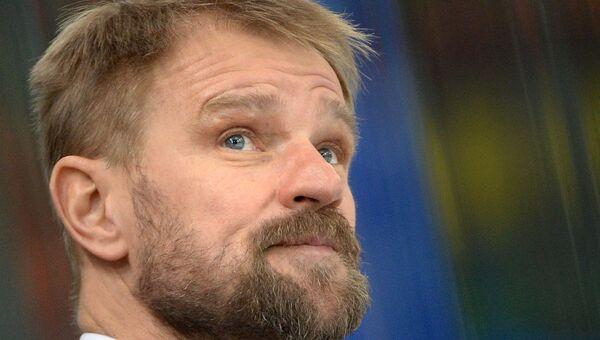 Главный тренер ХК Слован Петри Матикайнен. Архивное фото