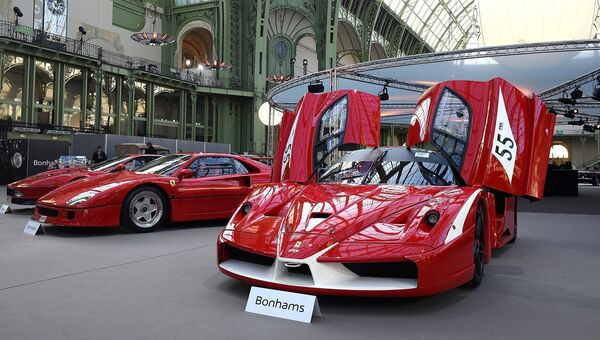 Автомобиль Ferrari FXX. Архивное фото