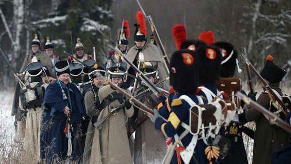 Военно-историческая реконструкция событий Отечественной войны 1812 года. Архивное фото